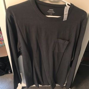 Gray old navy long sleeve shirt